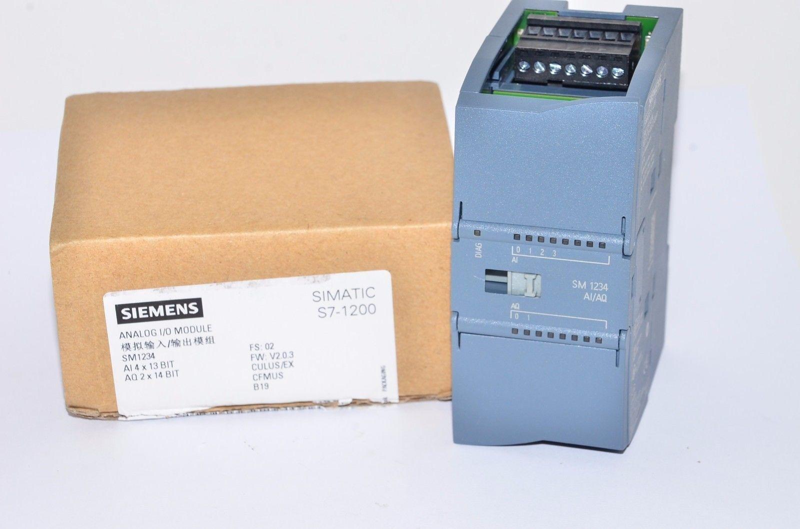 Siemens 6ES7 234-4HE32-0XB0 SIMATIC S7-1200, ANALOG I/O SM 1234, 4 AI / 2 AO, +/-10V, 14 BIT RESOLUTION OR 0(4) - 20 MA, 13 BIT RESOLUTION by Siemens