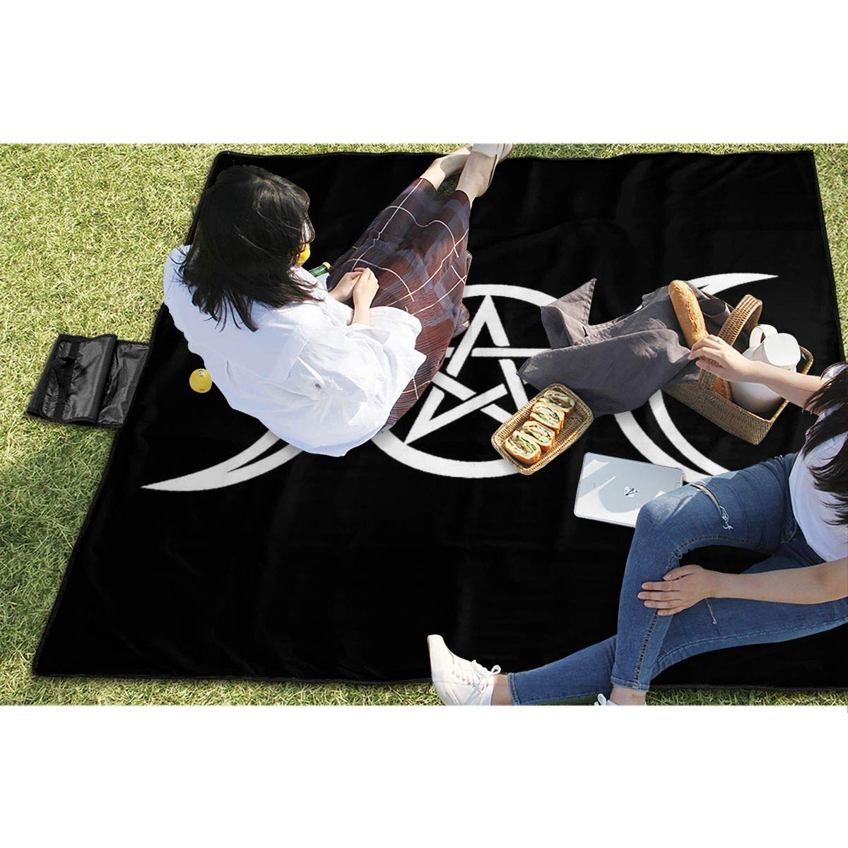 Socksforu Wicca Triple Moon Pentacle Pagan Extra Large Picnic Blanket 57 x59 Outdoor Water Resistant Sandless Picnic Blanket Mat with Tote Bag for Travel Picnic Hiking
