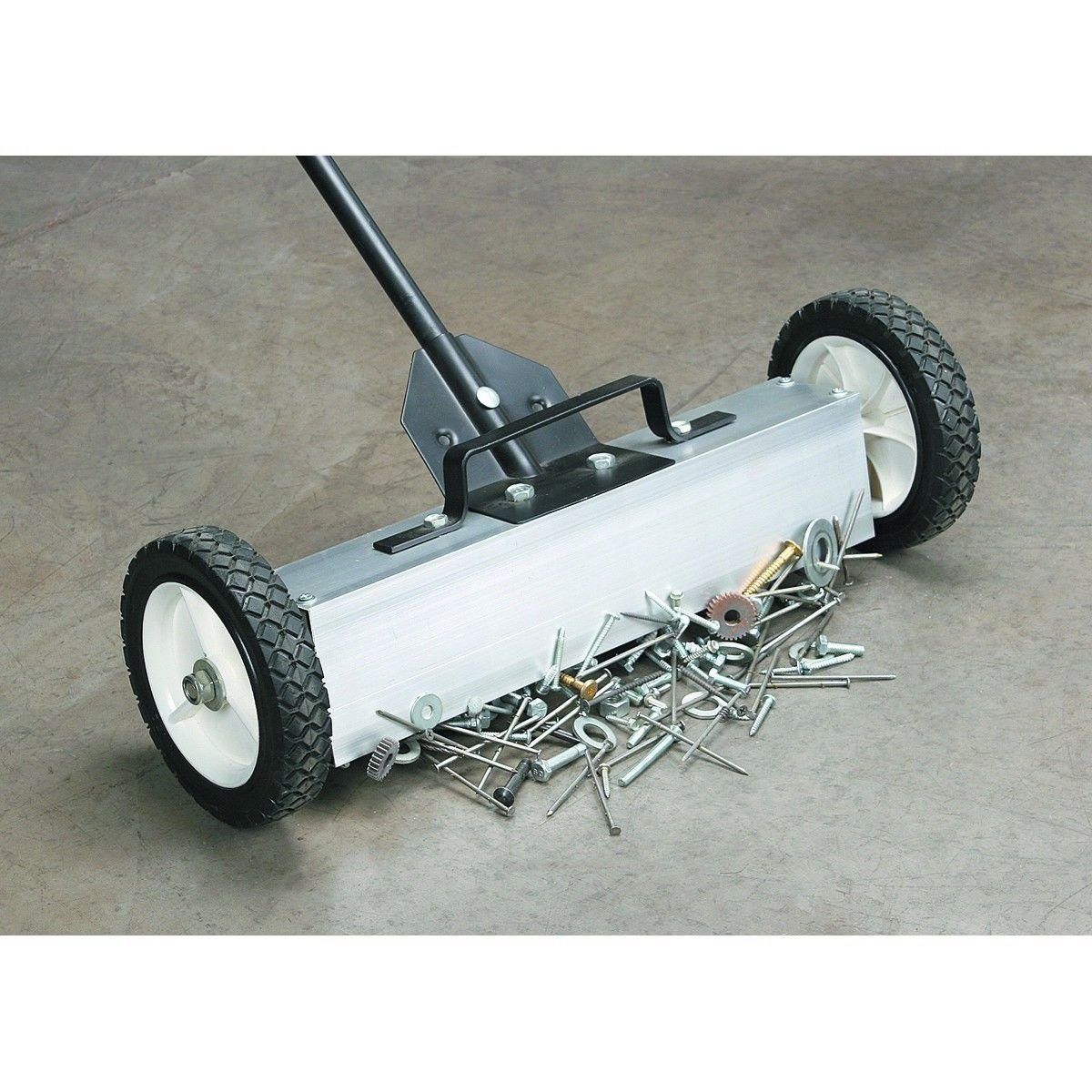 Generic NV_1008003120_YC-US2 leasewee Pick Up Broom al Pi Magnetic Floor Broo 22'' Pickup with ' Pic Sweeper Metal ith M Magnetic Release Magneti