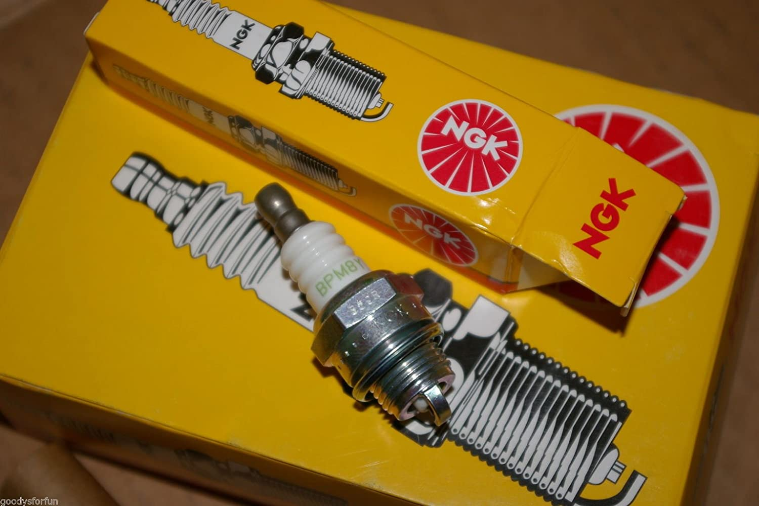 10 NGK BPM8Y Echo 15901019830 Blower Trimmer Spark Plugs 2 Cycle