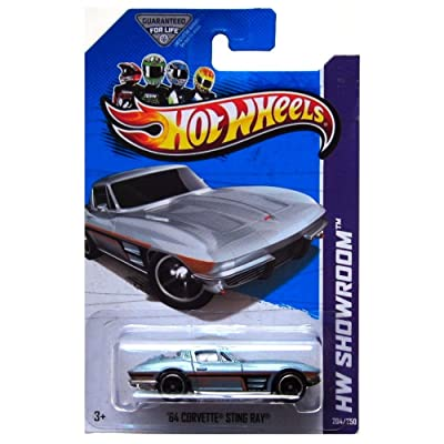 Hot Wheels HW Showroom 204/250 '64 Corvette Sting Ray: Toys & Games