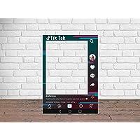 Photocall TIK Tok Atrezzos Personalizado Eventos o Celebraciones puntuales | Medidas 80x100cm | Ventana y Atrezzos…