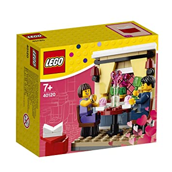 Elegant LEGO 40120: Seasonal Valentineu0027s Day Dinner