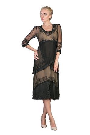 73d87c47152 Amazon.com  Romantic Vintage Style Dress in Black Gold  Clothing