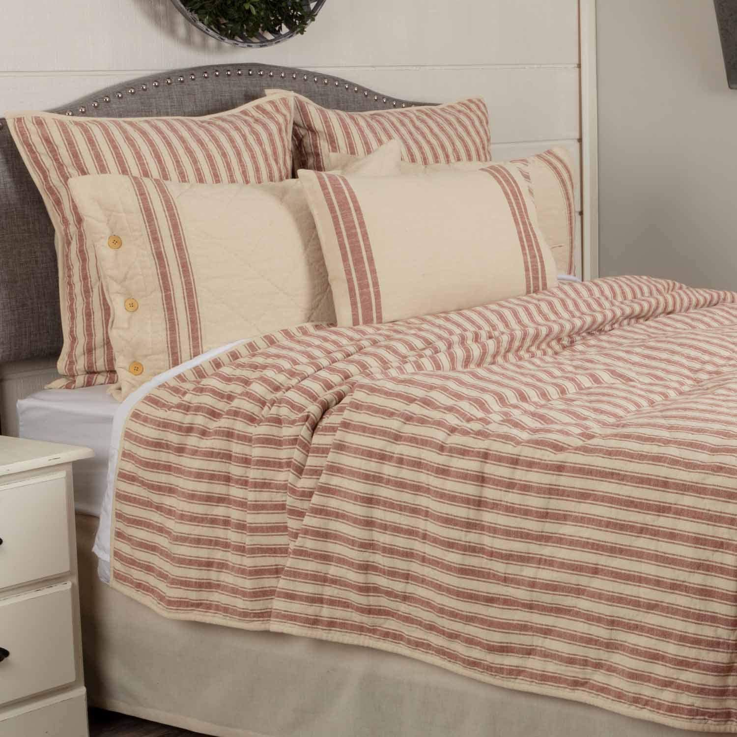 Amazon Com Piper Classics Market Place Red Ticking Stripe Quilt Luxury King 105 X 120 Oversized Red Cream Quilted Farmhouse Style Bedding Kitchen Dining