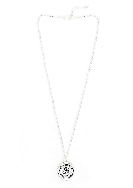 Magic Metal Dragon Shield Necklace Vintage Silver Tone NR76 Wyvern Drake Pendant Fashion Jewelry