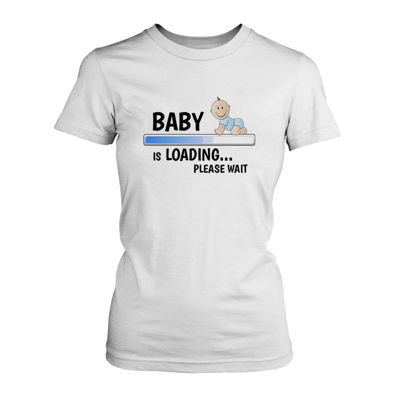 Please Wait - Junge - Damen T-Shirt von Fashionalarm | Fun Shirt Geschenk  Geburtstag Geburt Werdende Zukünftige Mutter Mutti Mama Mami Sohn Kind:  Amazon.de: ...