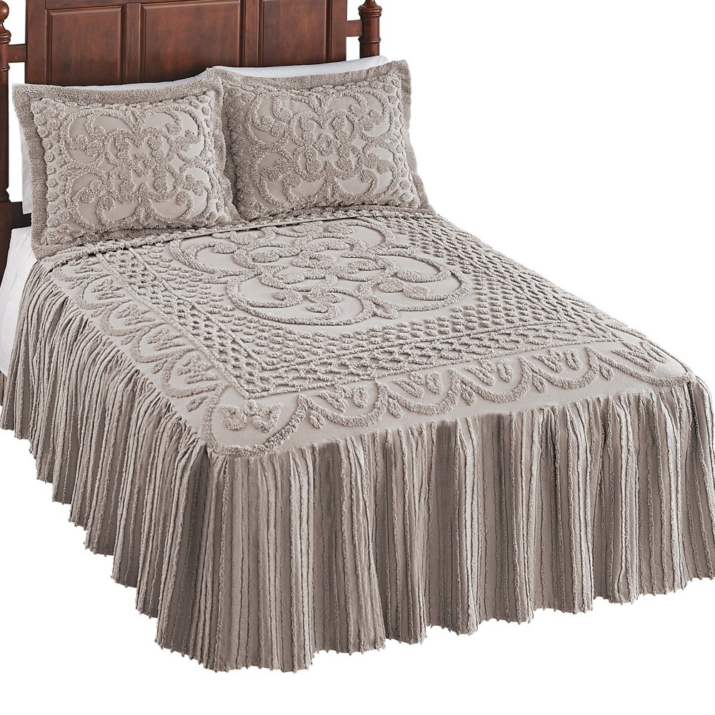 Silver Collections Etc Luxurious Pristine Chenille Bedspread Scroll /& Lattice Designs with Elegant Skirt Twin