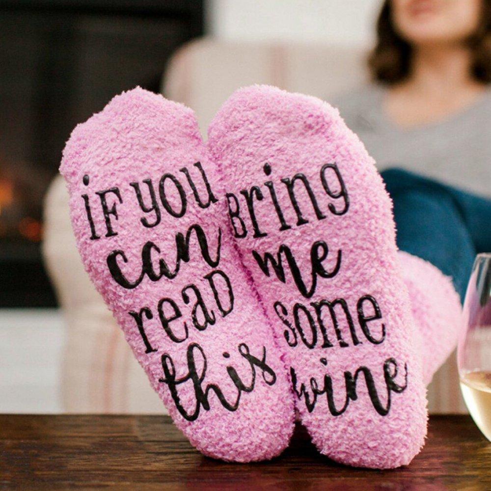 FJROnline Lesen Sie diese Bring Me einige Wein Funny Socken mit Cupcake Geschenk Verpackung, Geschenk für Frau Frauen Hostess Einzugs Neuheit romantische Geburtstagsgeschenk oder Wein Lover
