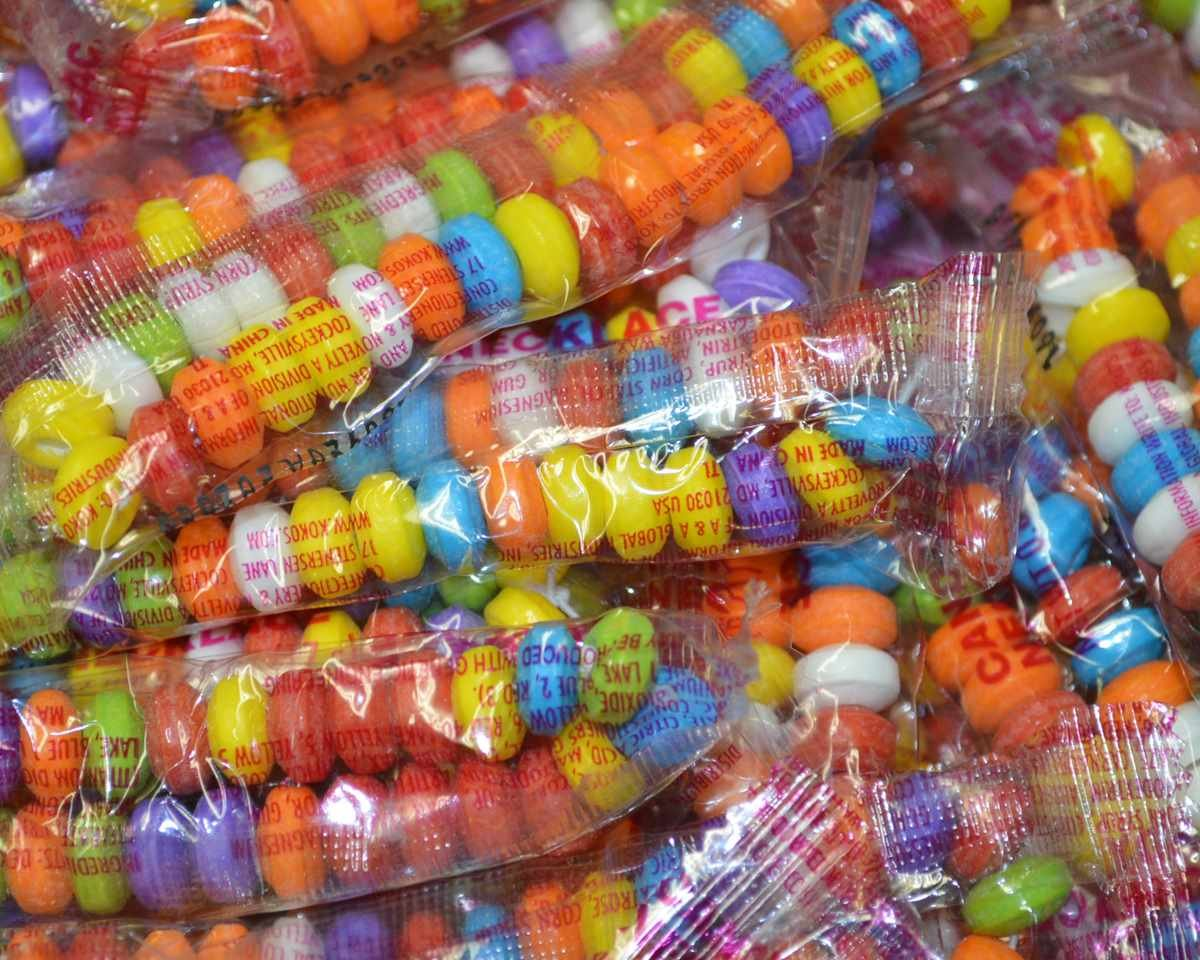 Candy Necklaces Bulk - 100 Count by Candy Necklaces