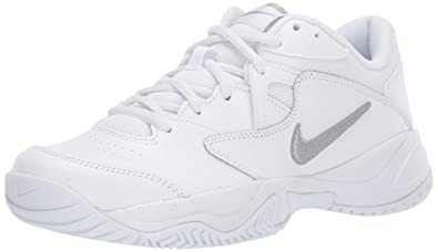 Alargar trabajo Pobreza extrema  Amazon.com | Nike Women's Court Lite 2 Tennis Shoe, Metallic ...