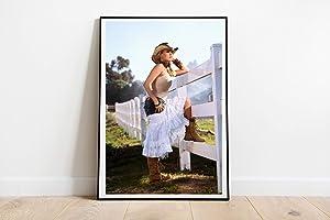 "Carrie Underwood Skirt Poster Wall Decor Poster Print Canvas Art Wall Art Print Gift Poster Unframed Printing Size - 11""x17"" 18""x24"" 24""x32"" 24""x36"" (A4-8.5""x11"" (21x29,7cm))"
