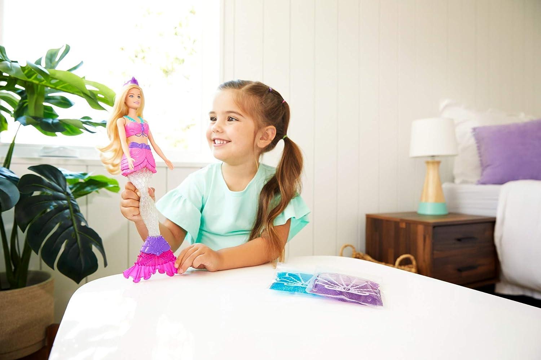 Mattel GKT75 Barbie con Cola Extra/íble y Diadema Mu/ñeca Sirena con Slime