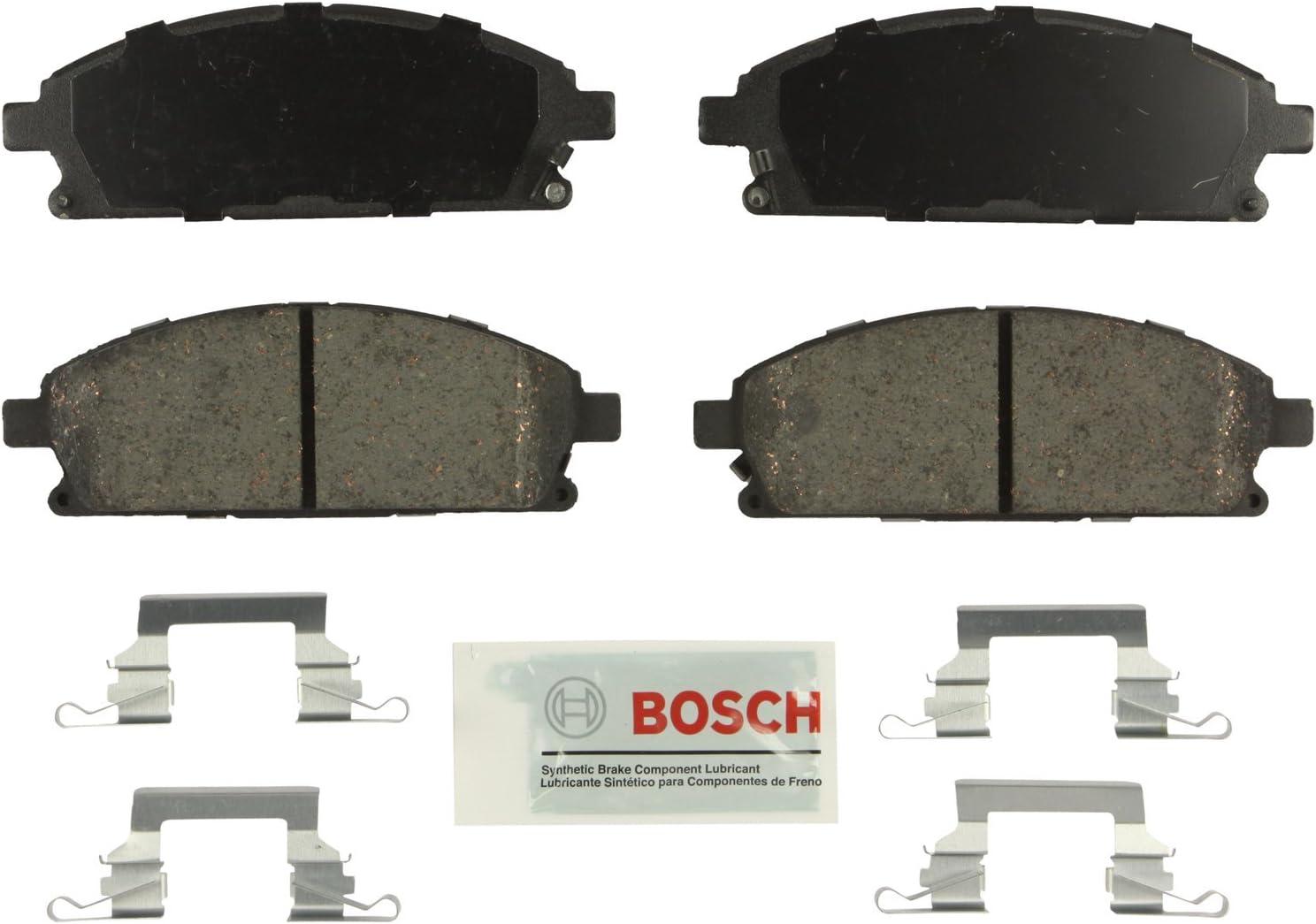 Front Ceramic Brake Pads wHardware for Acura MDX Q45 QX4 Nissan Pathfinder Quest