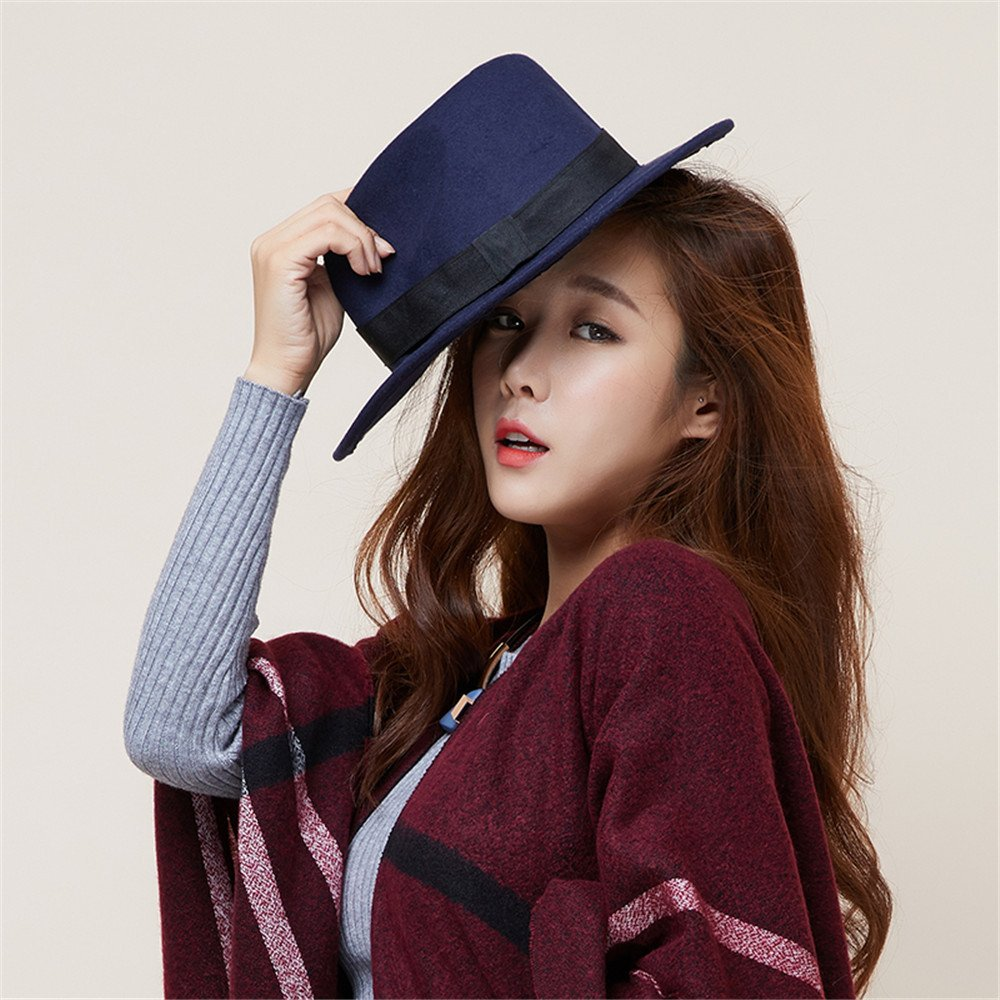 La mujer del sombrero hat hat vestido negro de lana pescador cortesía de jazz de invierno sombrero b...