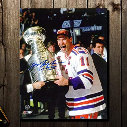 Image Unavailable. Image not available for. Color  Mark Messier New York  Rangers 1994 STANLEY CUP Autographed 8x10 13912ac52