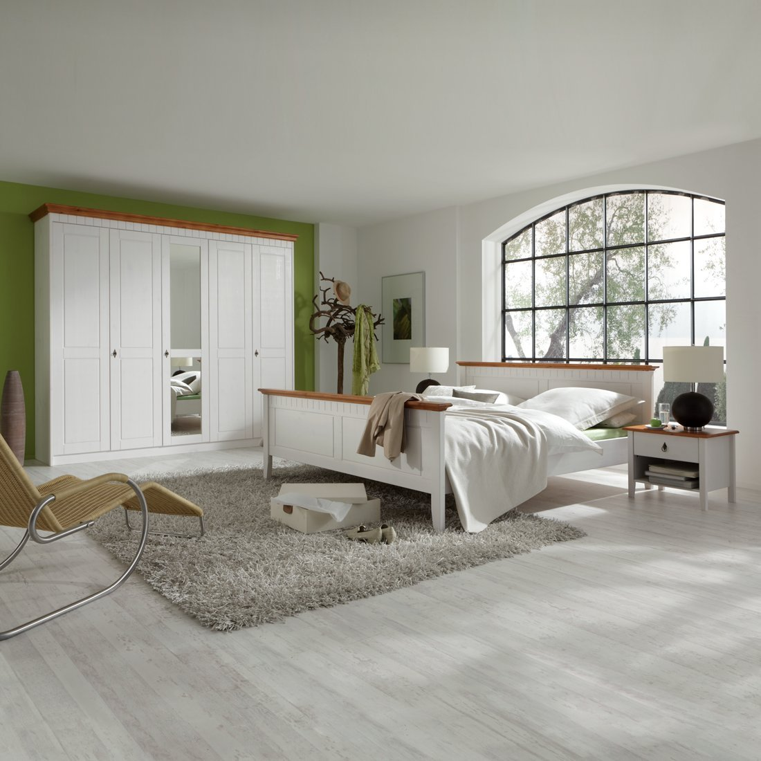 Forestdream 802501 Luigi Pine massiv bernsteinfarben Schlafzimmer, weiß lasiert