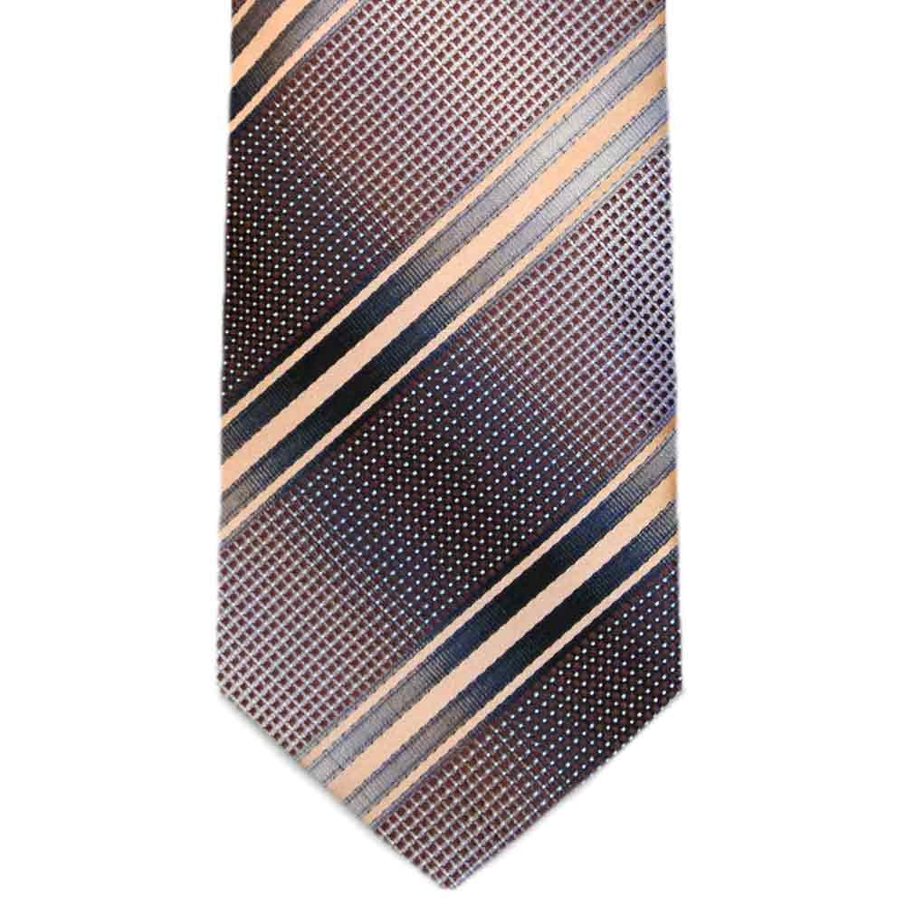 TieMart Special Purchase Tie and Pocket Square Set in Taylorsville