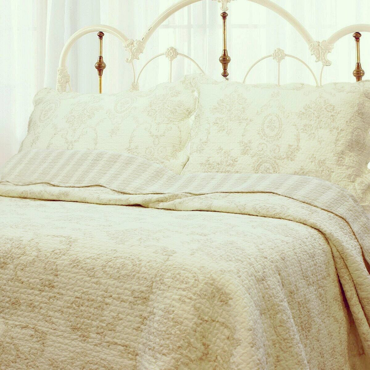 Cozy Line Home Fashions French Medallion 100% COTTON Bedding Quilt Set, Beige Ivory Rose Flower Reversible Coverlet Bedspread for Bedroom / Guestroom, Gifts for Women Men(Cream Eggnog, Queen -3 piece)