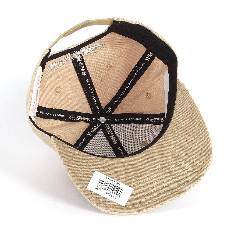 timeless design 9b41a 5edae Mitchell   Ness Men Caps   Snapback Cap Box Logo beige Adjustable  Amazon.co .uk  Clothing