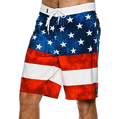 86d4b1fa9a249 Vans Wall Men's Era USA Boardshorts - American Flag | Amazon.com