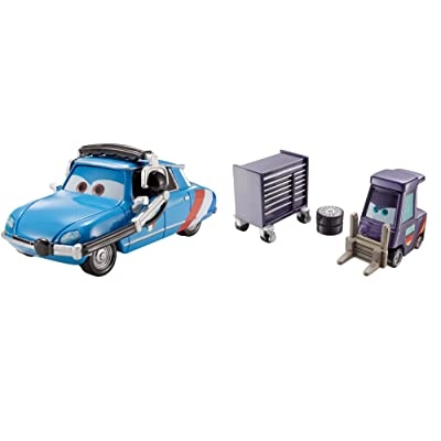 Disney/Pixar Cars E. Manual Maniez and Chief Bruno Motoreau Vehicle 2-pack: Toys & Games