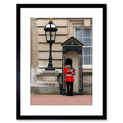 Wee Blue Coo Photo Military Life King Queen Guard Buckingham ...
