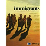 Immigrants: (13 témoignages, 13 auteurs de bande dessinée et 6 historiens) (Albums) (French Edition)