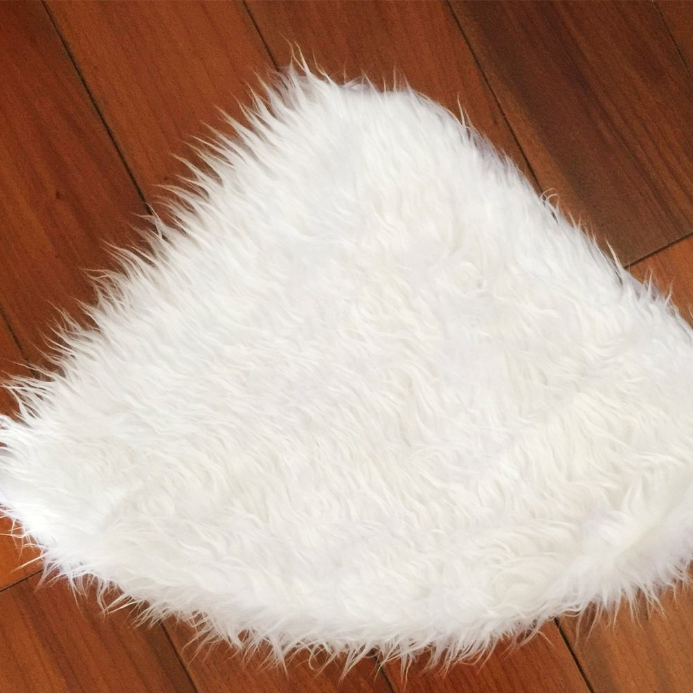 4 Sizes for Xmas Decorations New Year Party Supply suonabeier Christmas Tree Skirt Snowy White Faux Fur Xmas Tree Skirt for Christmas Decorations Indoor Outdoor