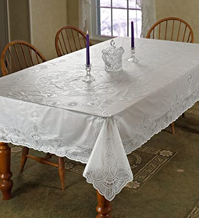 Vinyl Lace Betenburg Design Tablecloth Size: 72u0026quot; Round, Color: White