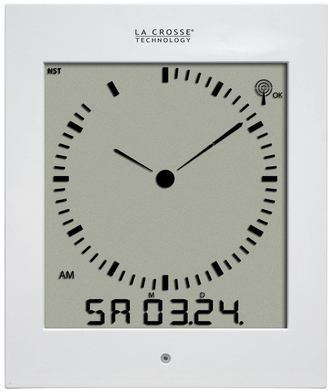 La Crosse Technology 513-1311A Analog Style Digital Atomic Wall Clock