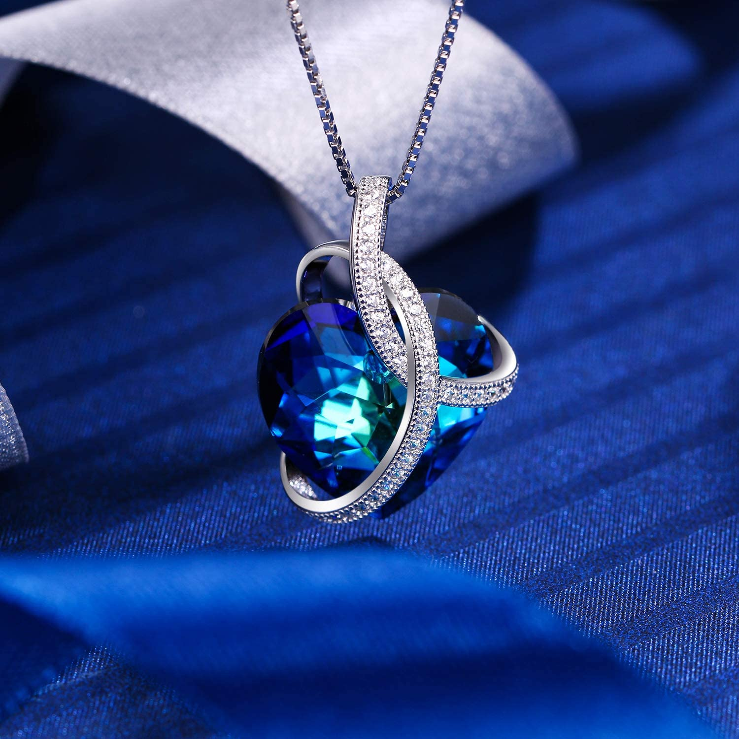 B01MFFQP0I EleQueen Swarovski Crystals Heart Pendant Necklace-925 Sterling Silver-Cubic Zirconia Necklace-Gifts for Women, Box Chain 19\'\' 81Iw5o0X22BL