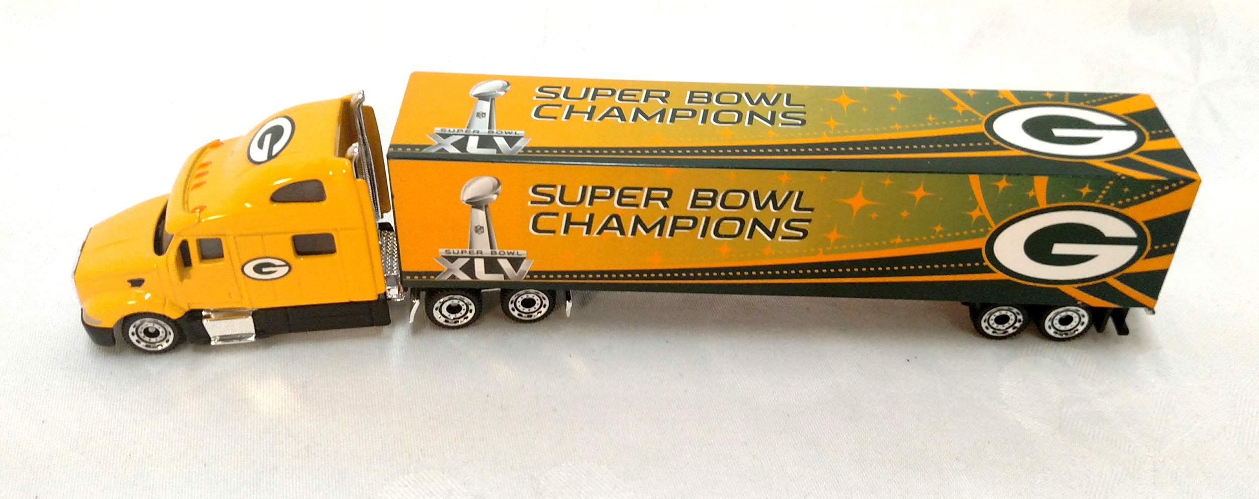 Green Bay Packers 2011 Limited Edition Super Bowl Champions Die Cast Tractor Trailer