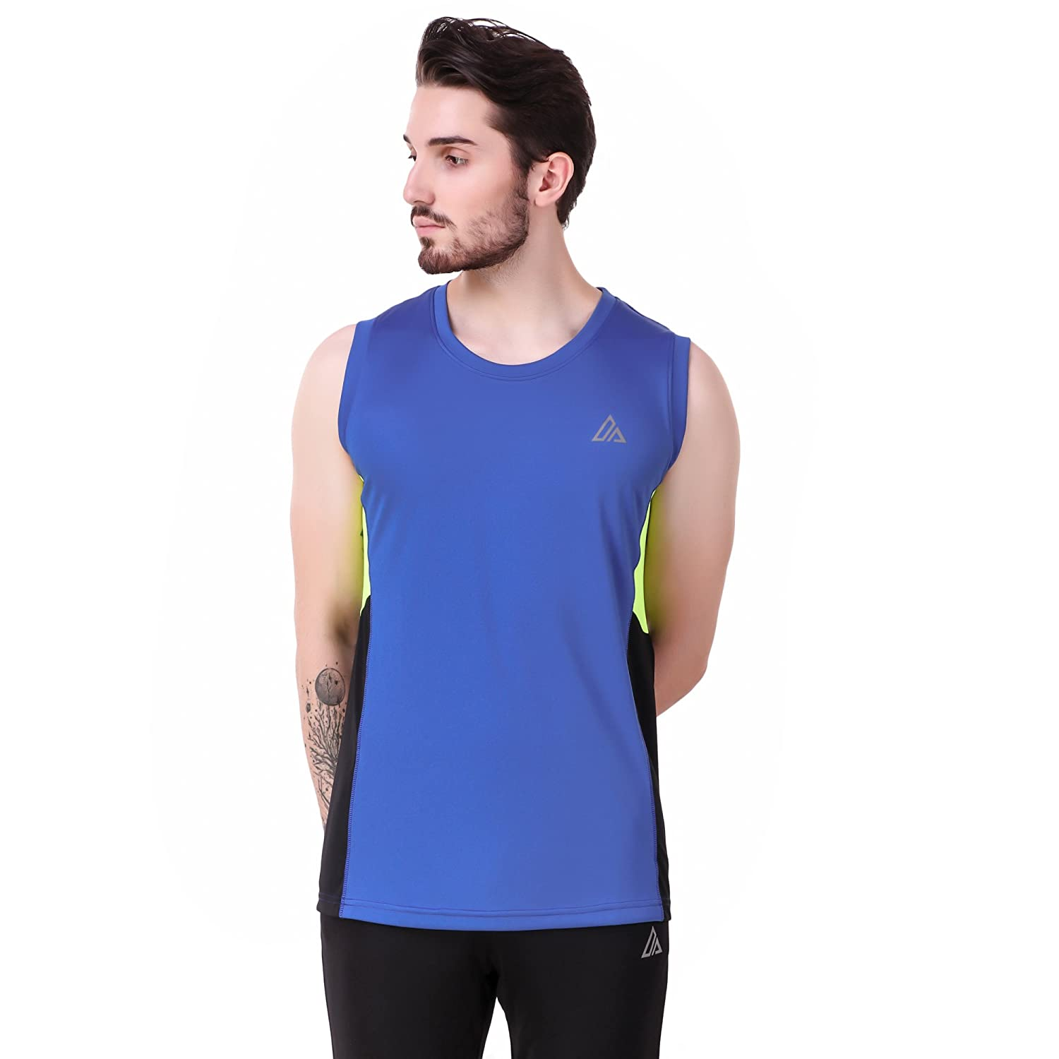 e675adc3f Delta Sports T-Shirt SL Men Sleeveless Round Neck Blue Colour Sports T-Shirt   Amazon.in  Clothing   Accessories