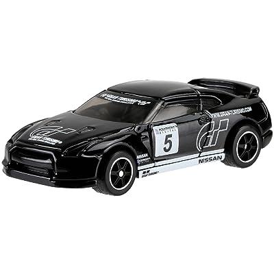 Hot Wheels Retro Entertainment Gran Turismo 2009 Nissan GT-R 1:64 Die-Cast Vehicle - Black: Toys & Games
