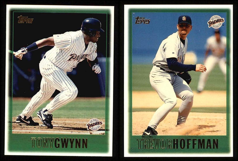 1997 Topps San Diego Padres Team Set San Diego Padres (Baseball Set) Dean's Cards 8 - NM/MT Padres 71GKAF2evtL