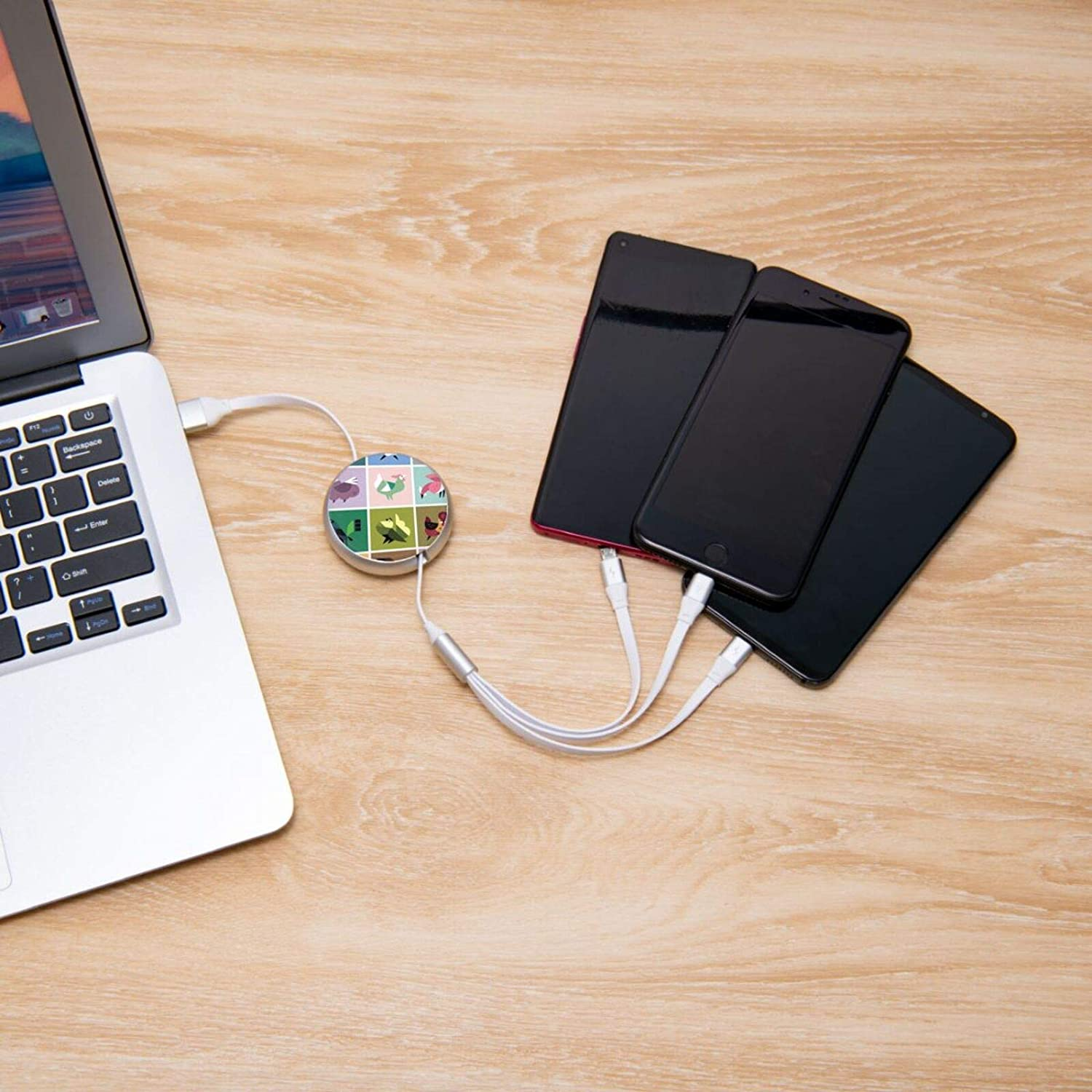 Sitting Arnimal Round Retractable On The Go 3-in-1 Charging Cable Support Fast Charging and Data Sync 5 Adjustable Lengths USB Data Cable 3.0a Small Size Easy to Carry USB Data Cable