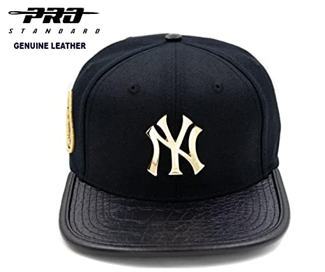 261784ad0e6717 Amazon.com : Pro Standard New York Yankees Official MLB Licensed Metallic  Gold 3M Genuine Premium Leather Cap : Sports & Outdoors