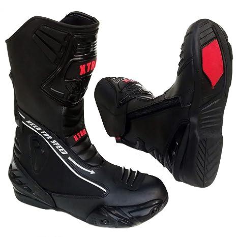Tcx | La collezione degli stivali e scarpe per moto sportive