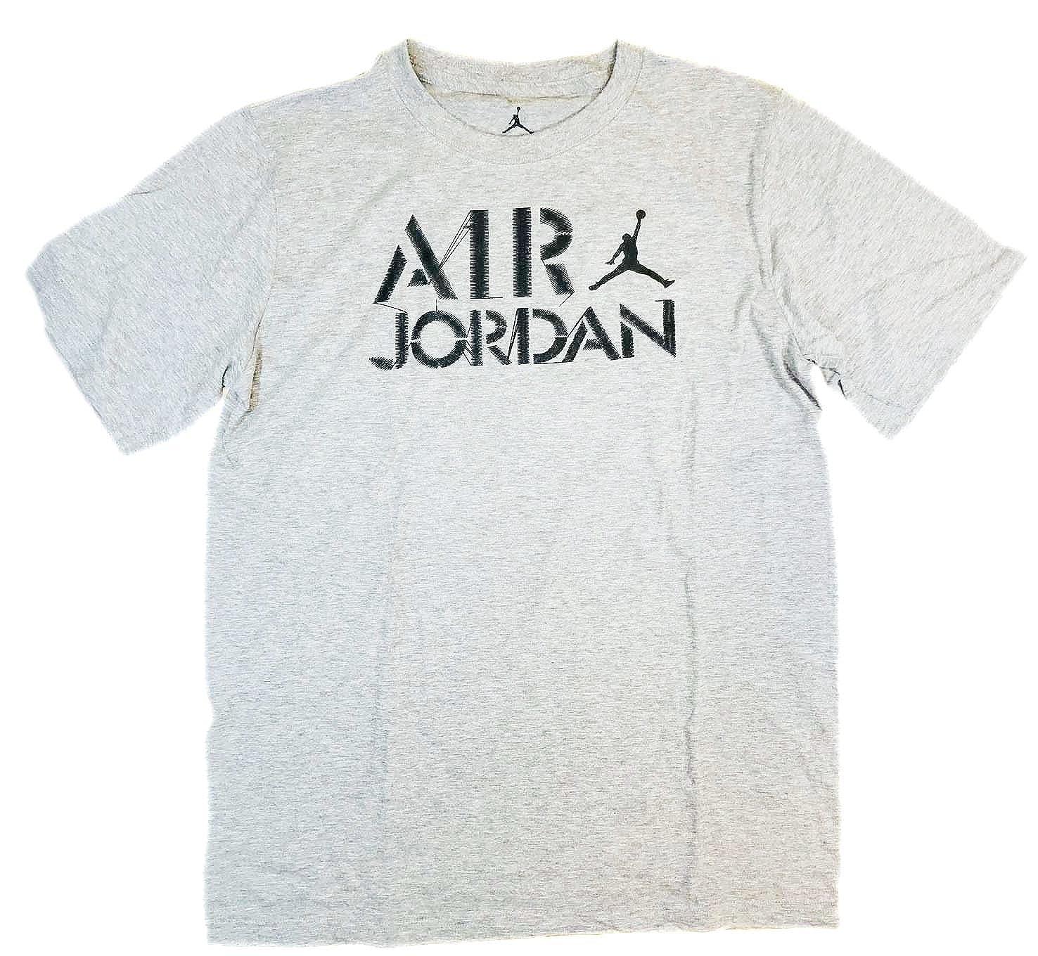 34d9a2d7b412 Amazon.com  Nike Air Jordan Big Boys 8-20 Jumpman Short Sleeve Tee Shirt   Clothing