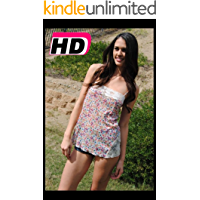 Pretty Chick on Nude HD Photos Book (English