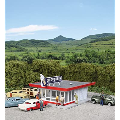 Walthers Cornerstone N Scale Building/Structure Kit Vintage Dairy Queen: Toys & Games