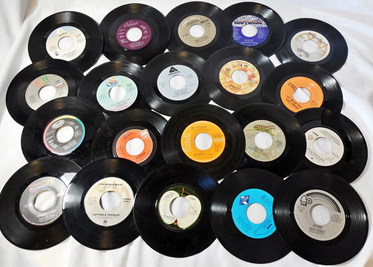 (25) 7'' Vinyl Records for Crafts & Decoration