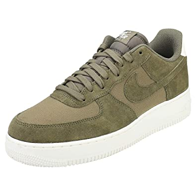 best service bbd9c 39258 Nike Men s Air Force 1  07 Suede Gymnastics Shoes, Green Medium Olive Sail