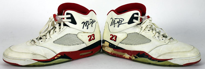 938372100149 Bulls Michael Jordan Signed 1990 Game Used Nike Air Jordan V Shoes BAS at  Amazon s Sports Collectibles Store