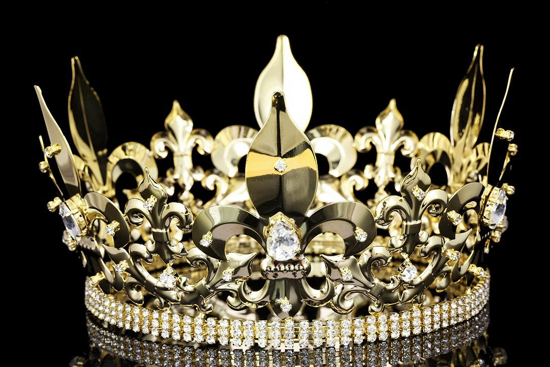 4.5 Tall Fleur-De-Lis King Royal Full Crown - Gold Plated Clear Crystals T995 by Venus Jewelry SAMKY-T995