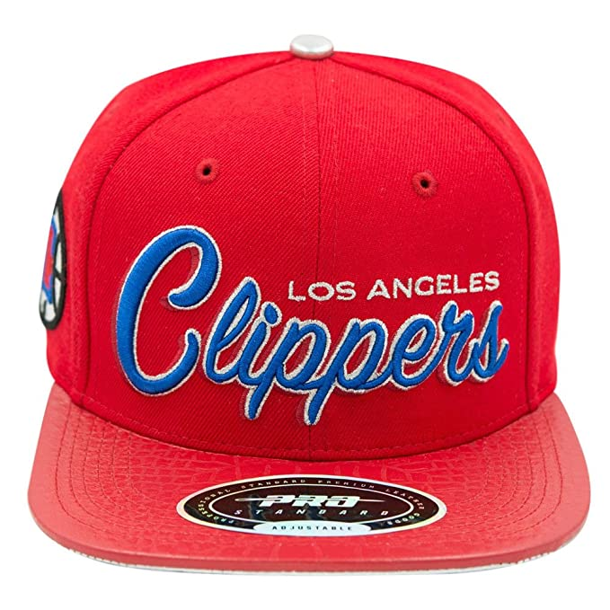 2acdcf9566951 Image Unavailable. Image not available for. Colour  Pro Standard Men s NBA  Los Angeles Lakers Hat