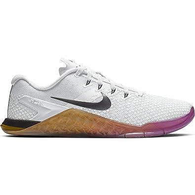 the best attitude bb44b aff50 Amazon.com   Nike Women s Metcon 4 XD Training Shoe White Black University  Gold Size 9.5 M US   Fitness   Cross-Training