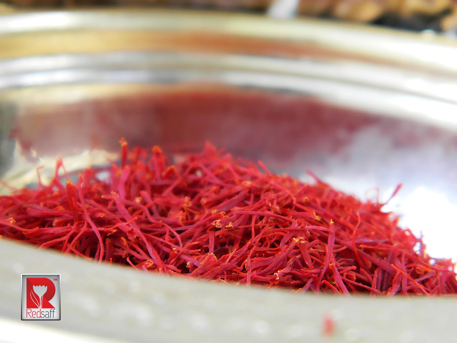 Redsaff Afghan Saffron Threads (Fresh Harvest) Professional Chef Grade Quality - Potent Saffron Spice For Cooking (3 grams) by Redsaff Saffron (Image #3)