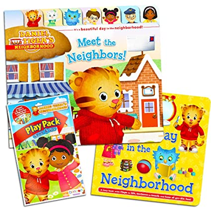 Amazon Com Daniel Tiger Board Book Set For Toddlers Kids 2 Deluxe